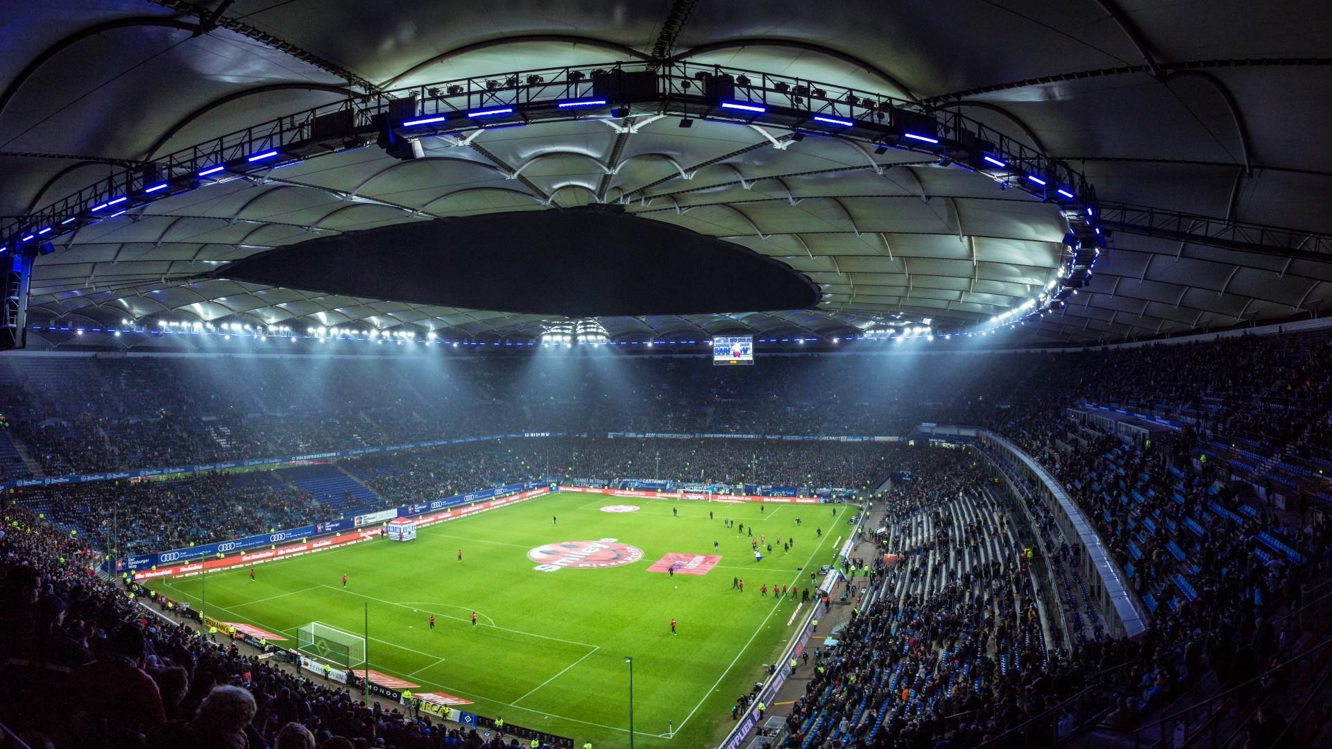 【動画あり】EURO2020で話題のコカ・コーラ、キング・オブ・ストイックのC・ロナウドらの対応が注目を集める|サッカー